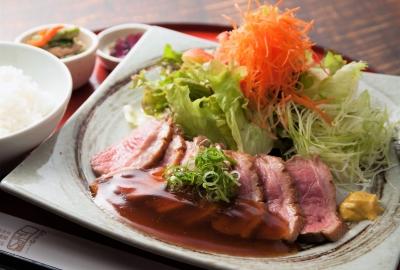 Sliced Duck Roast Lunch